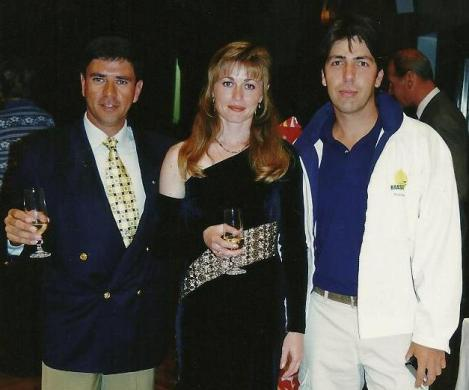 O piloto brasileiro Luiz Guilherme Richieri e Svetlana Kapanina, no campeonato mundial da Eslováquia, 1998